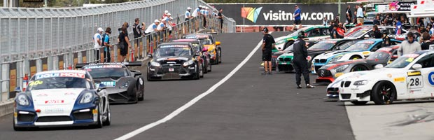 Cars going down Pit Lane at the 2017 Bathurst 12 Hour