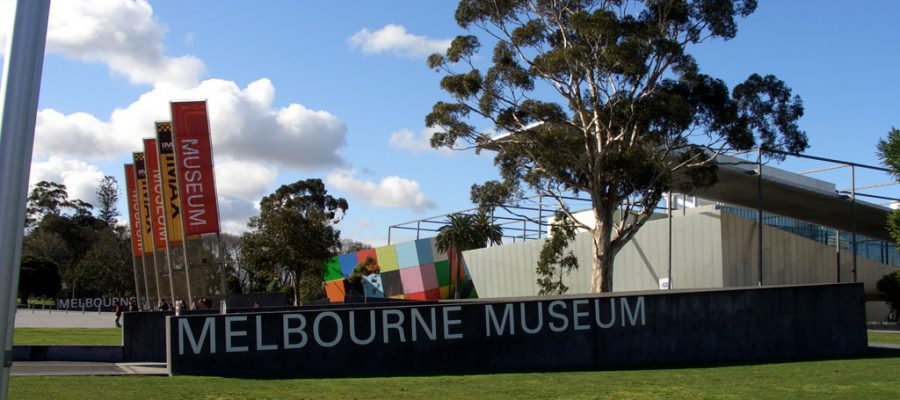"alt=""Landscape picture of the entrance of Melbourne Museum"""