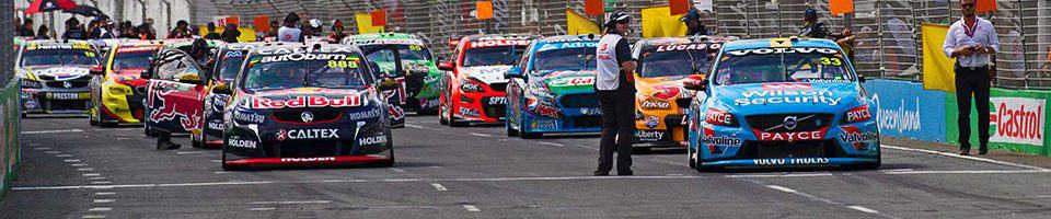 V8 Supercars lining up at the Gold Coast 600 - 2018 Gold Coast 600 travel packages • Sportsnet Holidays