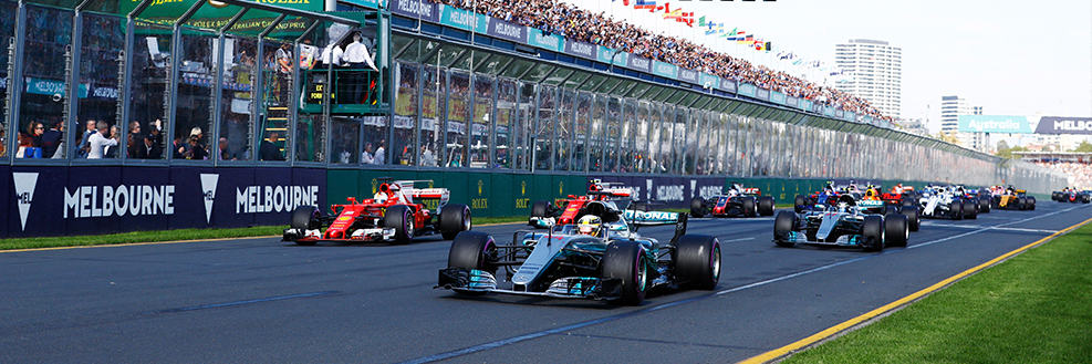 "alt=""Formula 1 Cars getting ready for the 2019 Formula 1® Australian Grand Prix"""