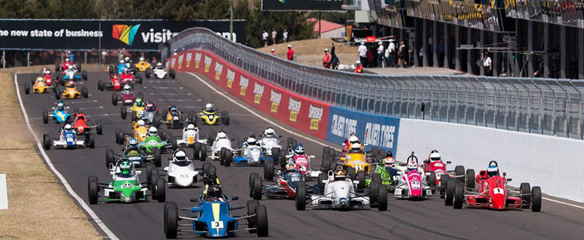 Line up of Supercars - 19 Reasons to go to the Bathurst 12 Hour