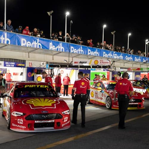 Supercars Perth SuperNight 2020 • Sportsnet Holidays